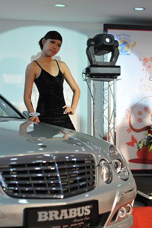 20080618 Top Model Autocity Brabus d300