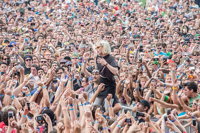 Crystal Castles - Lollapalooza 2013