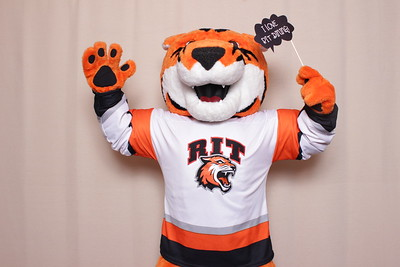 RIT Hockey - sponsored by Dining Services