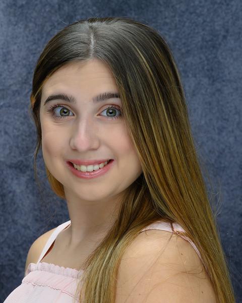 11-03-19 Paige's Headshots-3903.jpg