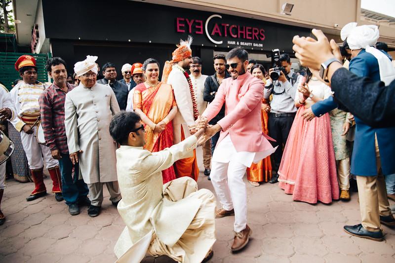 Poojan + Aneri - Wedding Day EOSR Card 1-1231.jpg