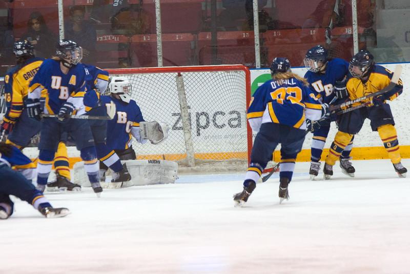 20130310 QWHockeyvsUBC 659.jpg
