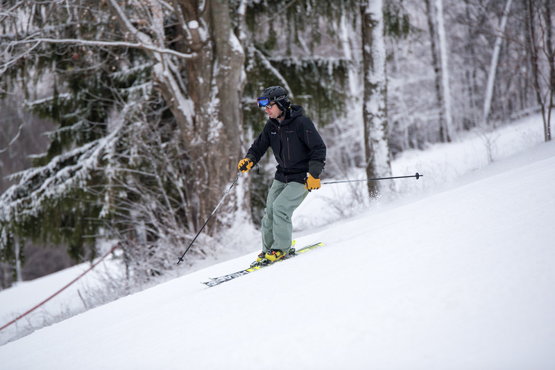 Opening-Day_1-3-16_Snow-Trails-8069.jpg