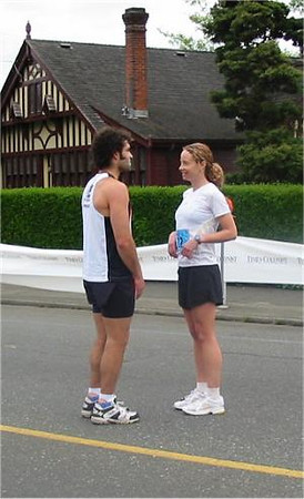 2003 Times-Colonist 10K - Brad Cunningham and Lori Bowden plan their tactics