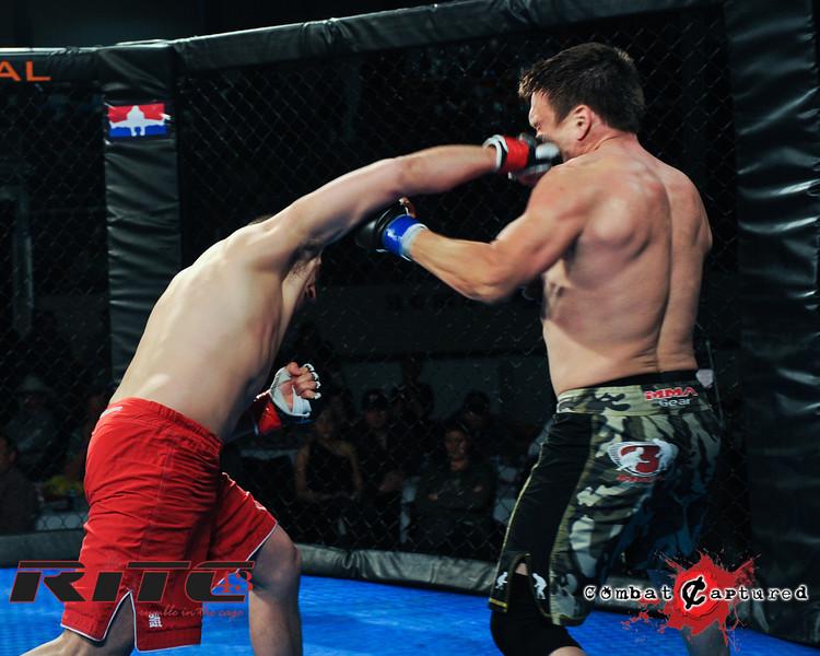 RITC43 B08 - Tim Tamaki def Shon Cottrill_combatcaptured_WM-0013.jpg