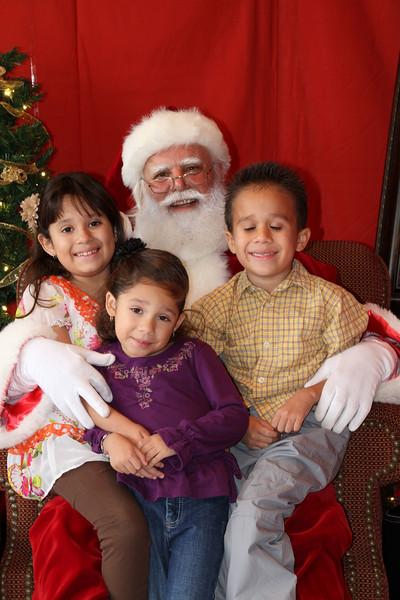 Santa Clause 27NOV2010-158.JPG