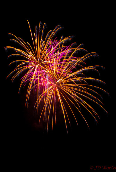 070417 Luray VA Downtown Fireworks - Golden Sea Urchin Duo and Solo Lavender Sea Urchin-0899.jpg