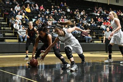 Basketball - LHS 2017-18 - Jefferson City Ozone
