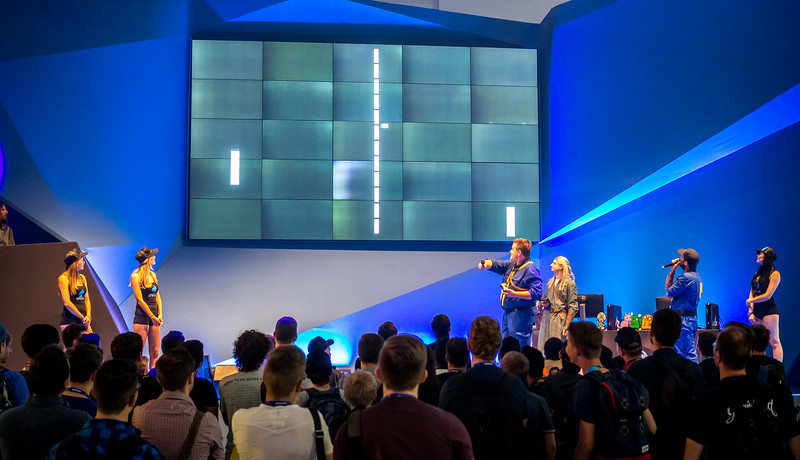 Pong as e-sport at Gamescom 2015