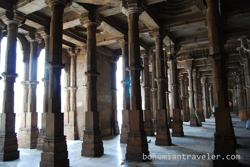 inside Jami Masjid Mosque (1425) Ahmeabad Gujarat India.jpg