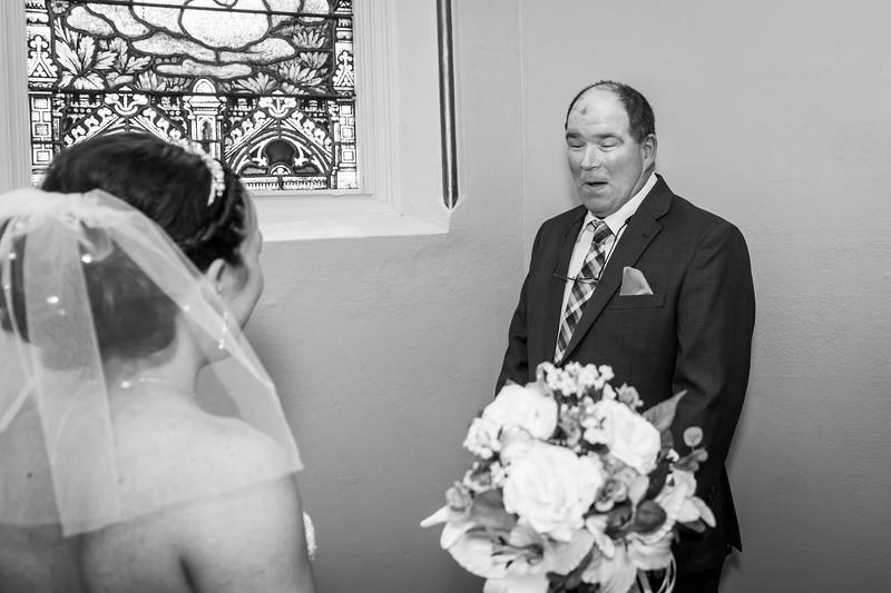 Jennie & EJ Wedding_00156-BW.jpg