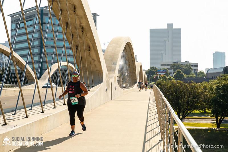 Fort Worth-Social Running_917-0541.jpg