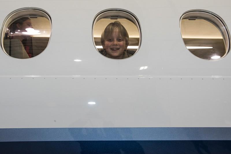 Cub-Scouts-airplane-2-7734.jpg