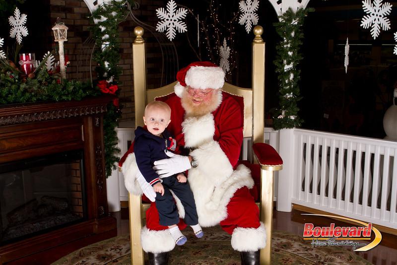 Santa Dec 15-214.jpg