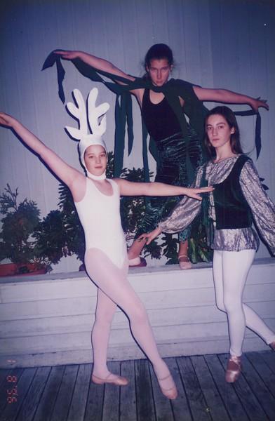 Dance_2528.jpg