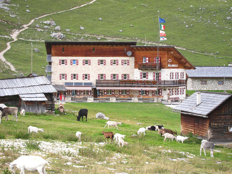 Dolomite Ferrata Trip (12).jpg