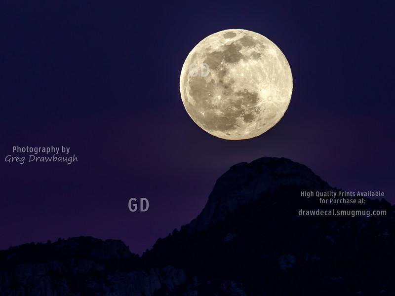 Rincon Moon