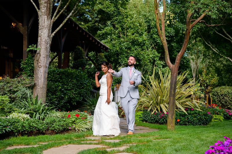 Neelam_and_Matt_Nestldown_Wedding-1644.jpg