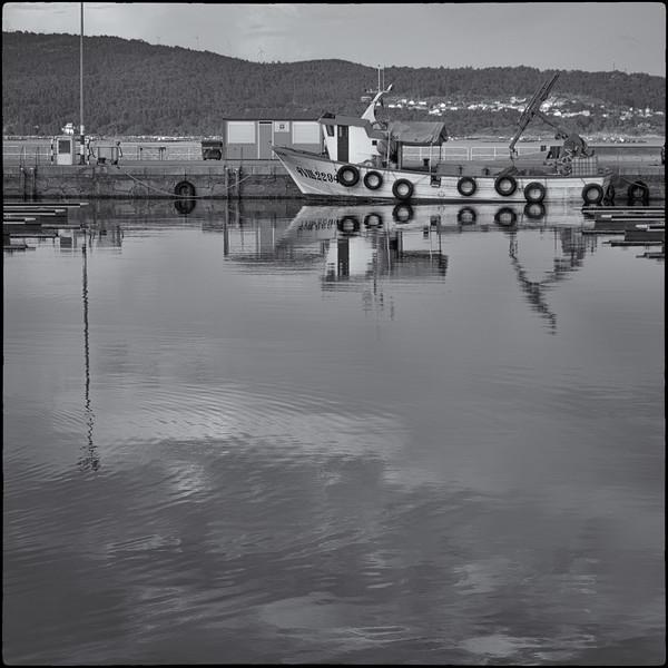 galicia-swim-11.jpg