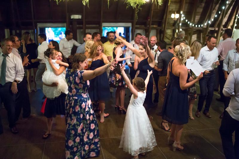 Garrett & Lisa Wedding (786).jpg