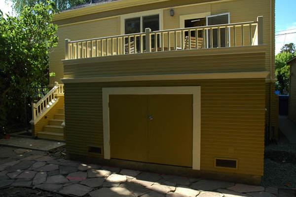 Speno residence: rear