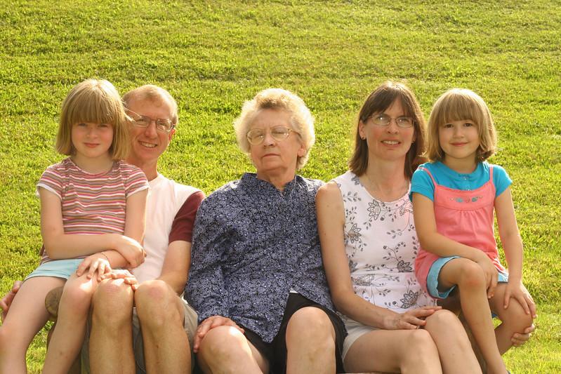 Rossi Family (3).JPG