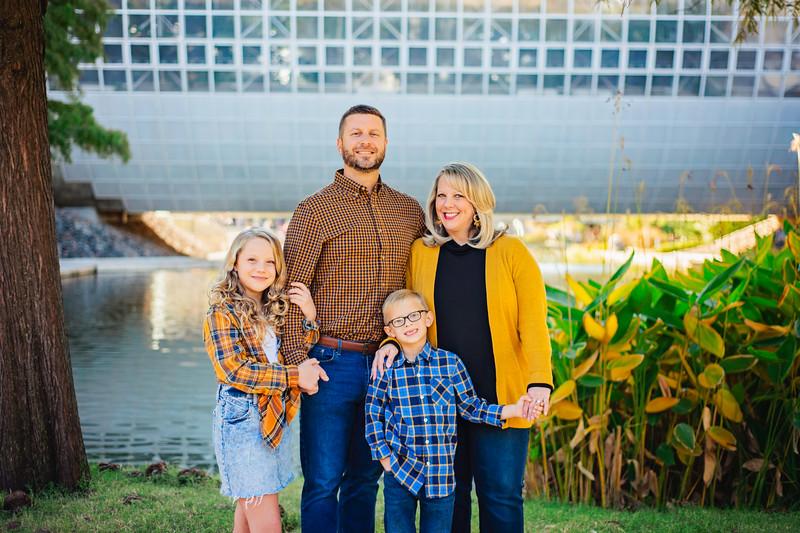 Cayot Family Mini 2019