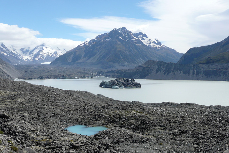 Tasman Glacier Lake. Aoraki Mount Cook NP