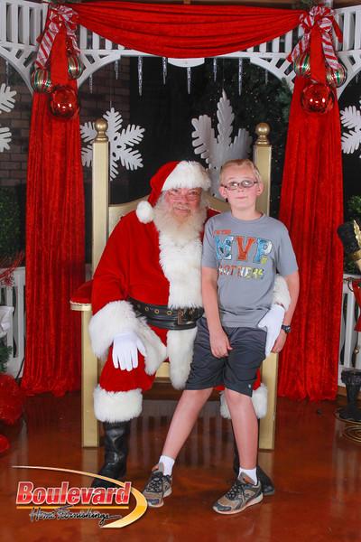 Santa 12-10-16-348.jpg