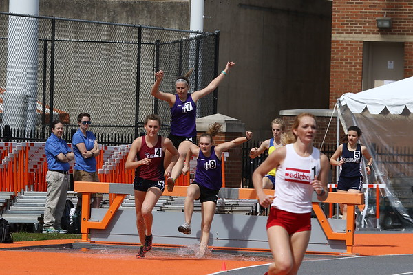 2017 Rustbuster:  Men's and Women's Steeple Chase