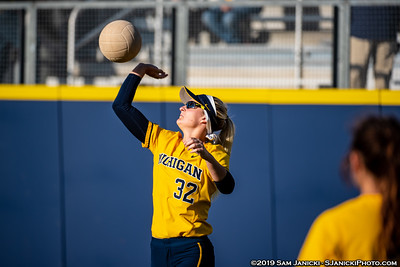 4-23-19 - Michigan Softball Vs Michigan State