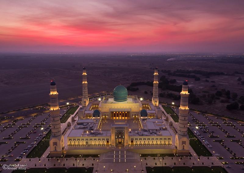Sultan Qaboos mosque -- Sohar (2).jpg