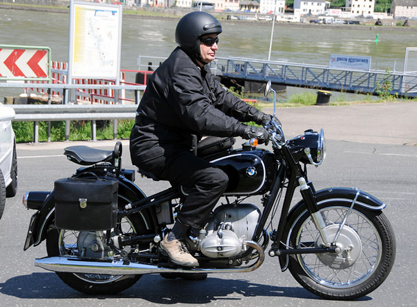 Classic BMW motorcycle.jpg