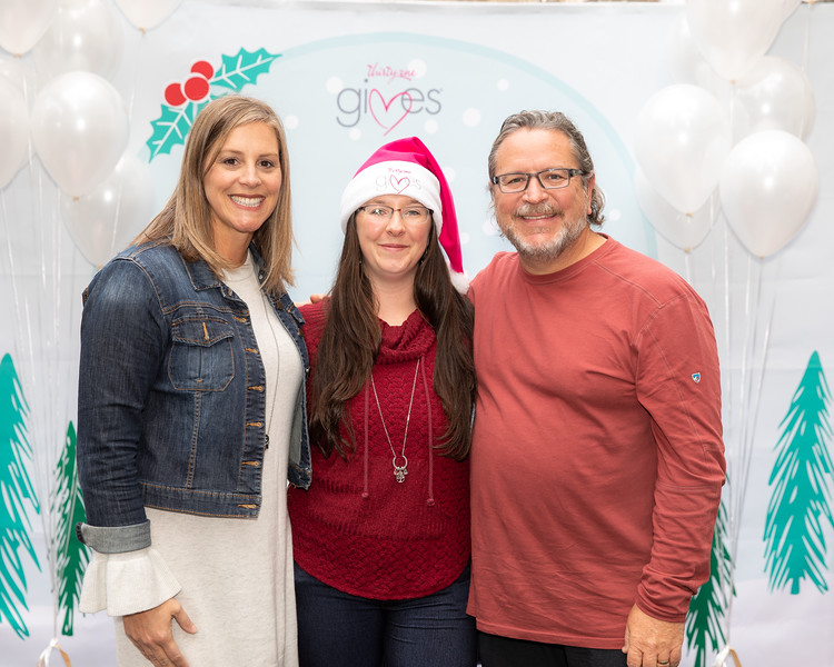 November 2018_Gives_Holiday Open House-5226.jpg