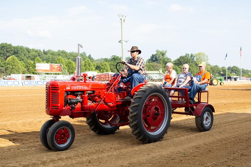 Antique Tractor Parade-8.jpg