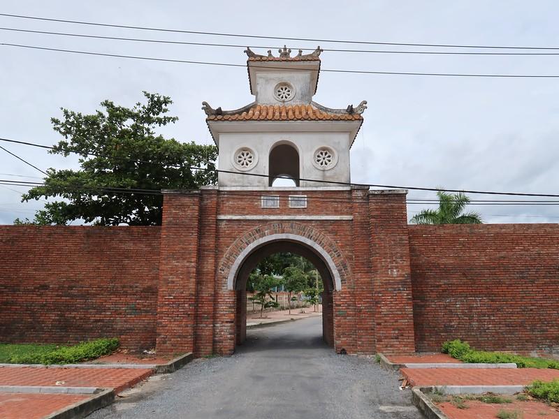 IMG_1989-citadel-gate.jpg