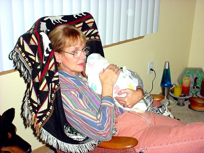 20040129-173002.DSC00035.GrandmamaCarolHoldingKimber.jpg