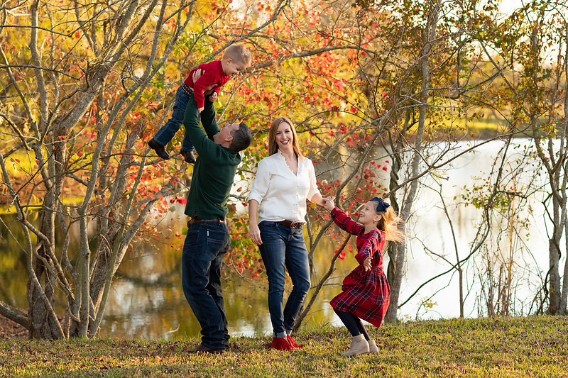 fun family pictures.jpg