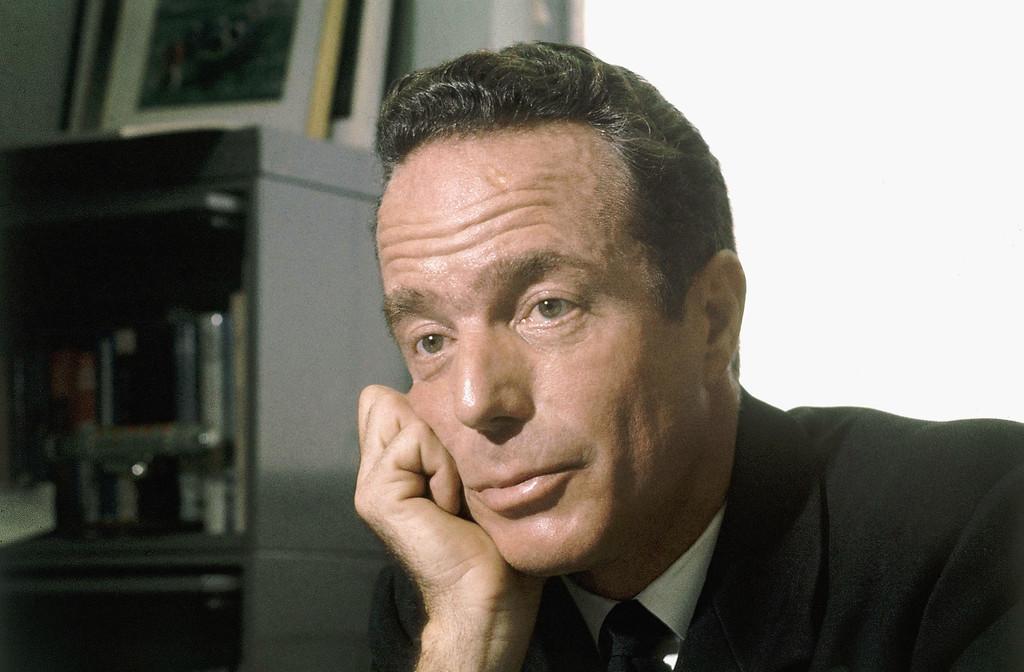 . Commander Scott Carpenter at Washington, D.C. interview in 1967. (AP Photo)