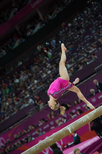 __02.08.2012_London Olympics_Photographer: Christian Valtanen_London_Olympics__02.08.2012__ND43979_final, gymnastics, women_Photo-ChristianValtanen