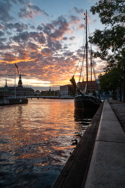 Cph harbor by sunset copy.jpg