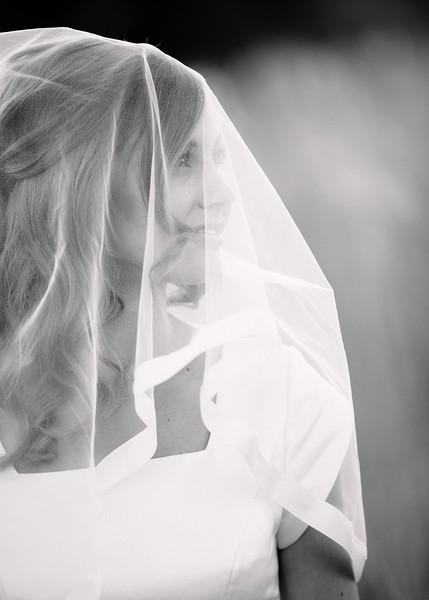 Amy Bridals 100bw.jpg