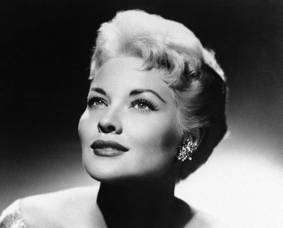 ". This 1958 file photo shows singer Patti Page. Page, who made ""Tennessee Waltz\"" the third best-selling recording ever, died Tuesday, Jan. 1, 2012 in Encinitas, Calif. She was 85. (AP Photo, File)"