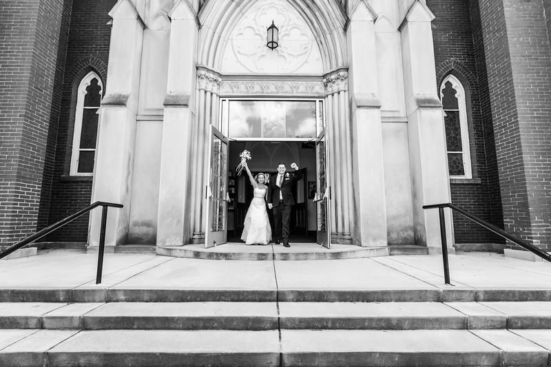 Jennie & EJ Wedding_00310-BW.jpg