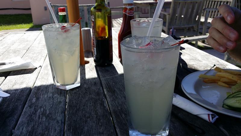Bermuda-Restaurant-Black-Horse-Tavern-05.jpg