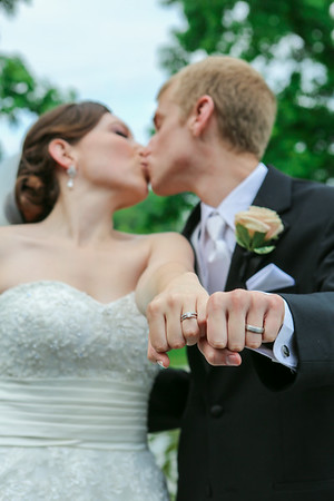 Carly + Kyle = Married!
