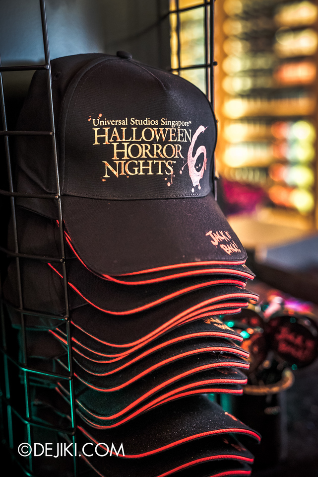 Universal Studios Singapore - Halloween Horror Nights 6 Before Dark Day Photo Report 4 - HHN6 Jack the Clown merchandise corner / HHN6 Snapback