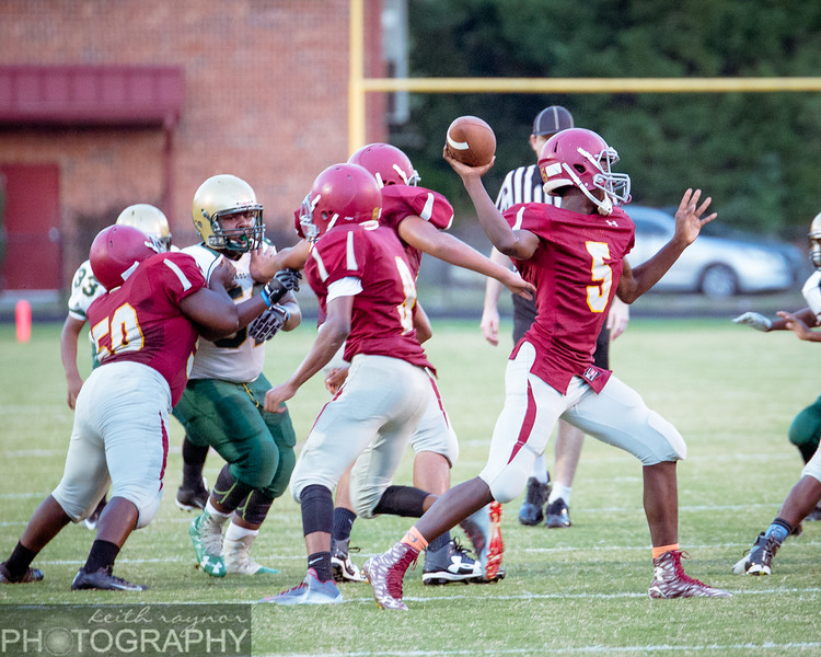 keithraynorphotography southernguilford smith football-1-16.jpg