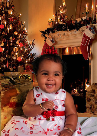 Baby Taliyah Christmas Photos