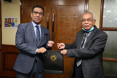 KUNJUNGAN HORMAT PERSATUAN KEBANGSAAN MALAYSIA IPTS